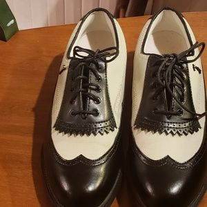 Shoes - Lady Fairway Golf Shoes